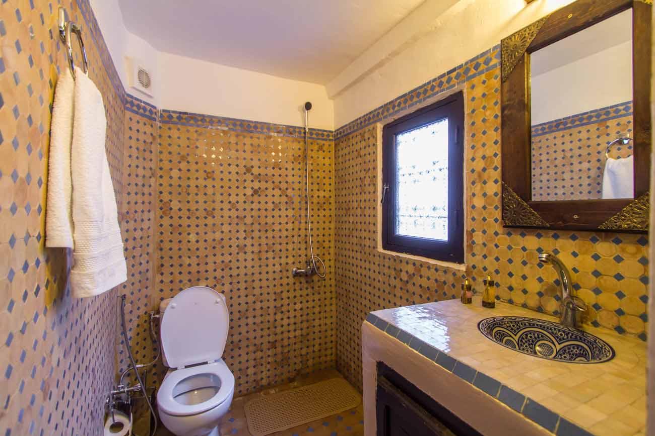 Riad Taha, Rooms
